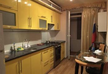Квартира трехкомнатная
