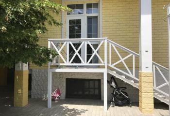 Сдается однокомнатный дом, в парковой зоне.