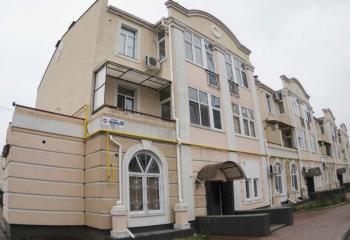 Сдается двухкомнатная квартира в центре